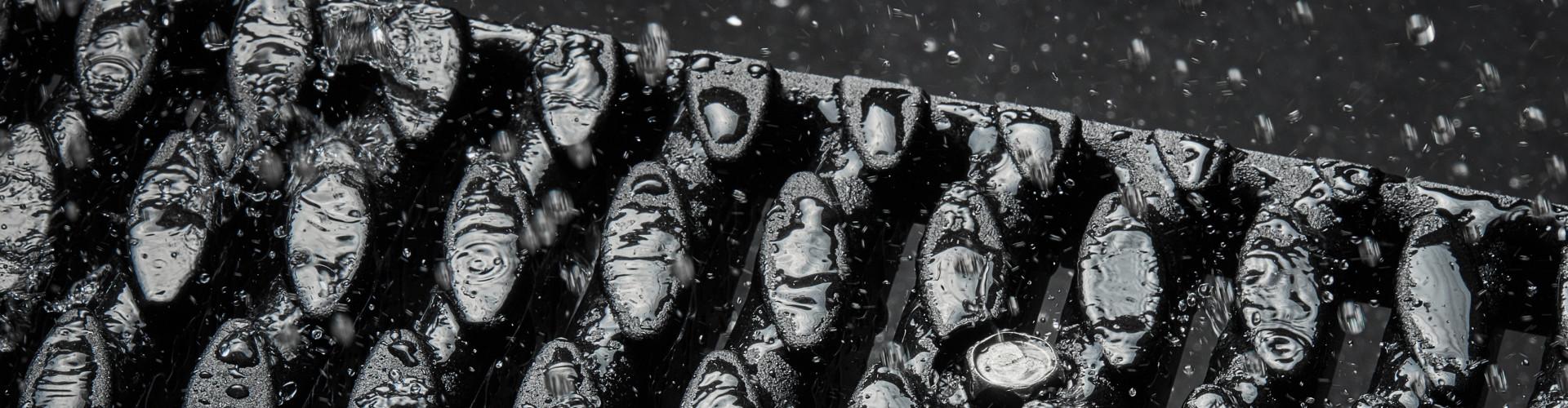 Abdeckroste in vielen Designs stehen Ihnen für die Gestaltung moderner Oberflächen zur Verfügung. Regenwassermanagement.